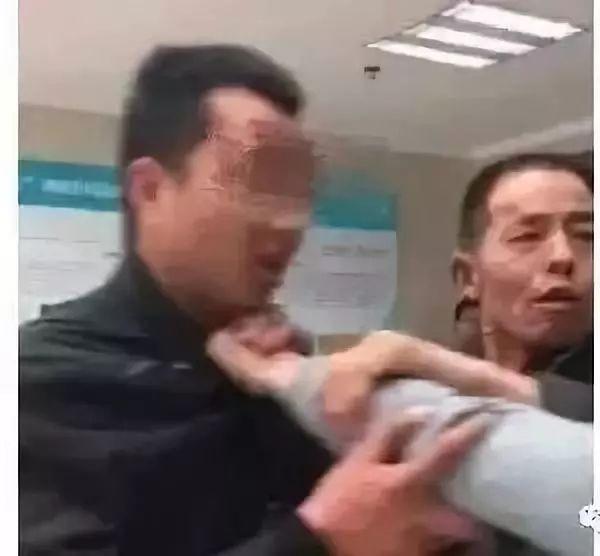 最新!生父被判有期徒刑三年 渭南男童鹏鹏被继母虐待案结案