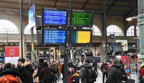 法国罢工迈入第23天:工会无意收手