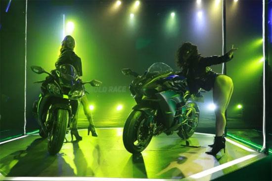 Kawasaki两款仿赛车型引入国内