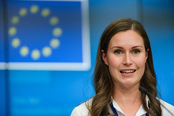 芬兰34岁新任女总理欲推新工作制:每周4天每天6小时