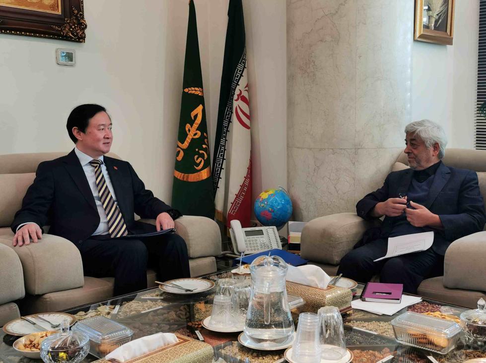 我驻伊朗大使会见伊农业代理部长:中方同伊朗发展全面战略伙伴关系决心不会改变