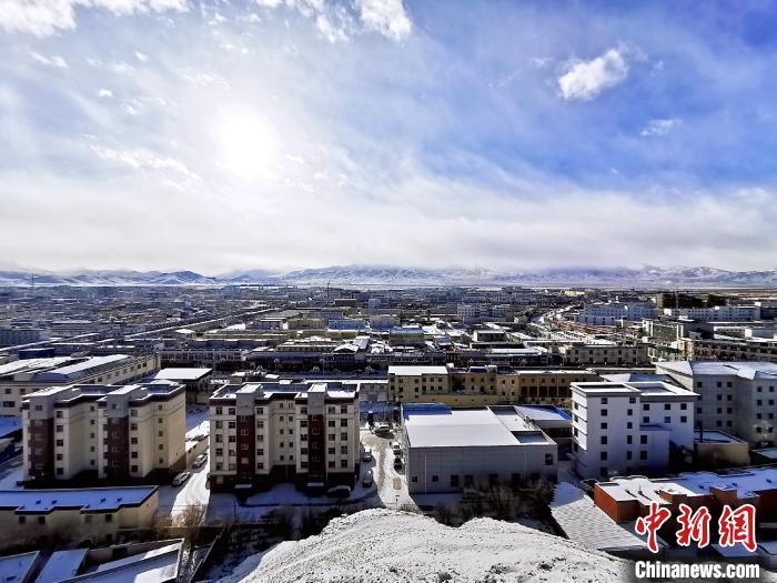 西藏多地迎降雪天气 局地有暴雪