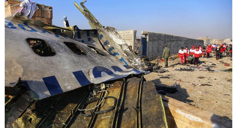 乌航客机失事前曾超载,延迟起飞1小时