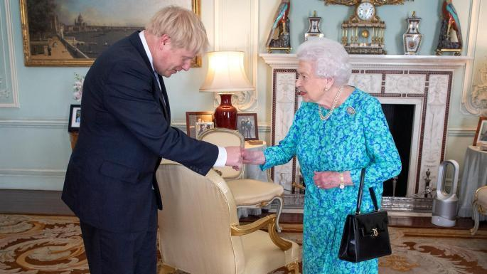 """哈里梅根""""闹独立""""引发""""王室危机"""" 英首相约翰逊拒绝置评"""
