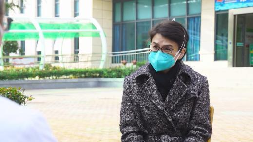 武汉金银潭医院院长张定宇:乐观 就不怕