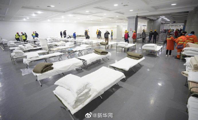 武汉方舱医院扩容至万余床位