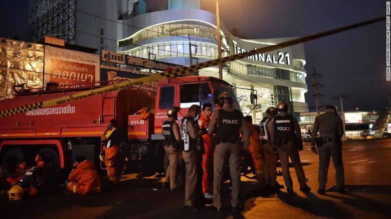 快讯!泰国枪击案枪手在商场被击毙 3名发起进攻警察牺牲