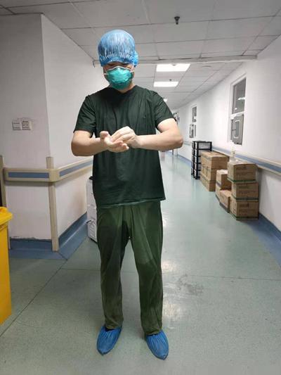 援助武汉金银潭医院ICU护士:从未感觉如此被需要