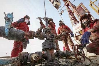 """不放松加大勘探开发力度——中国石油上游企业一线战""""疫""""剪影"""