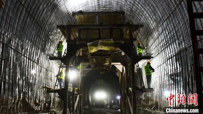 成昆铁路复线米攀段建设全面恢复