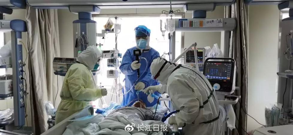 中央指导组专家:新冠肺炎重症救治难度比SARS高