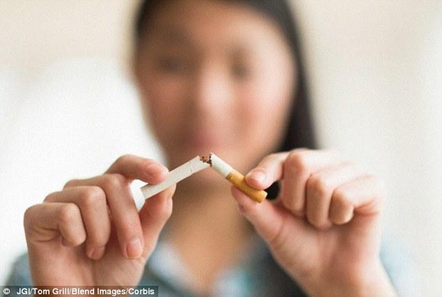 """研究:""""快速戒烟""""是最有效戒烟方法"""
