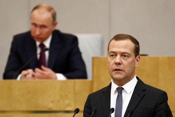 俄罗斯国家杜马批准梅德韦杰夫出任新政府总理