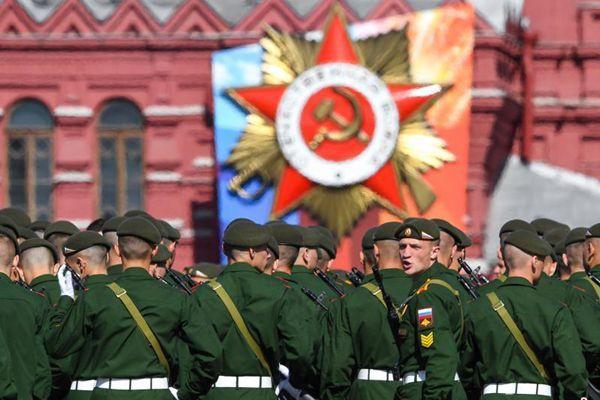 俄罗斯莫斯科红场举行胜利日阅兵式