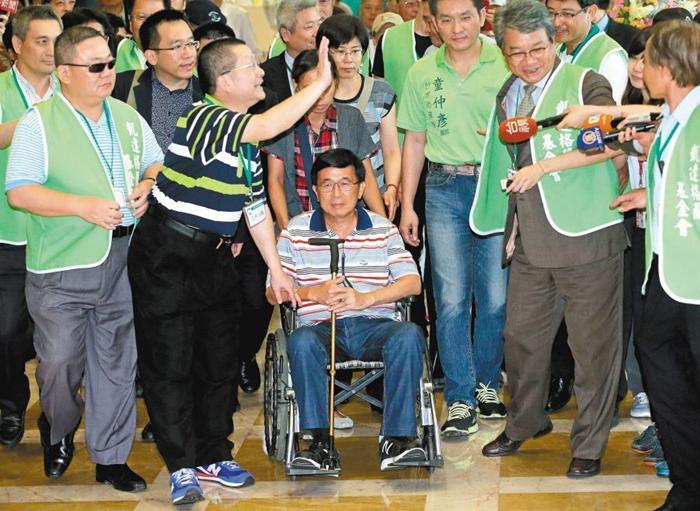 陈水扁选前敏感时期出大招 民进党被骑到头上还能忍得???