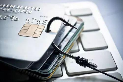 """揭秘信用卡代偿平台:差异化的故事与逼近的""""威胁"""""""
