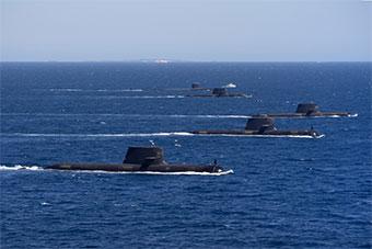 美国海军核潜艇和4艘澳潜艇举行联合演习
